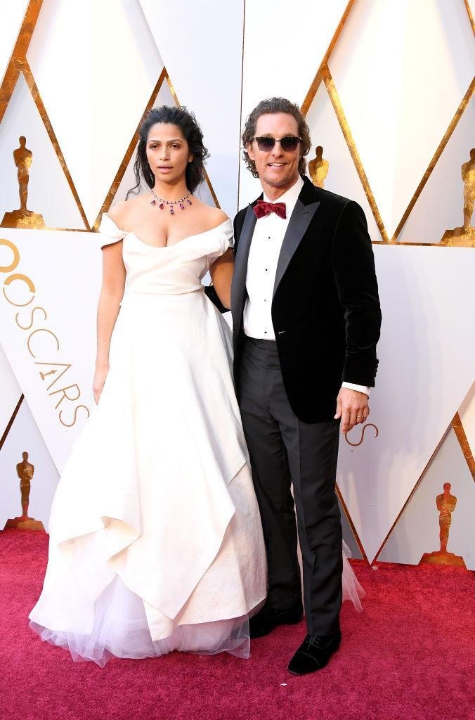 <p>Camila Alves and Matthew McConaughey attend the 90th Academy Awards in Hollywood, Calif., March 4, 2018. (Photo: Getty Images) </p>