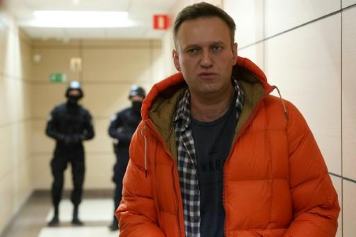 Opposition leader Alexei Navalny says Putin wants to make himself president for life