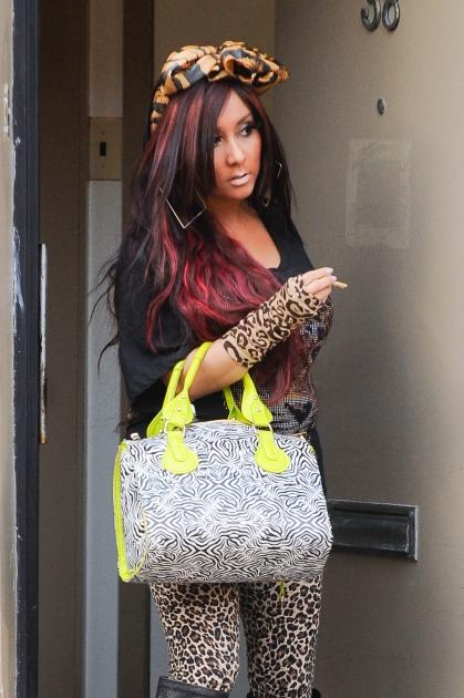 Nicole 'Snooki' Polizzi films a scene of her 'Jersey Shore' spinoff reality show at her apartment in Jersey City, New Jersey on March 8, 2012 -- Getty Premium