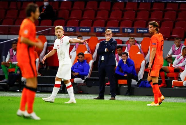 Steven Bergwijn scores as Netherlands beats Poland 1-0
