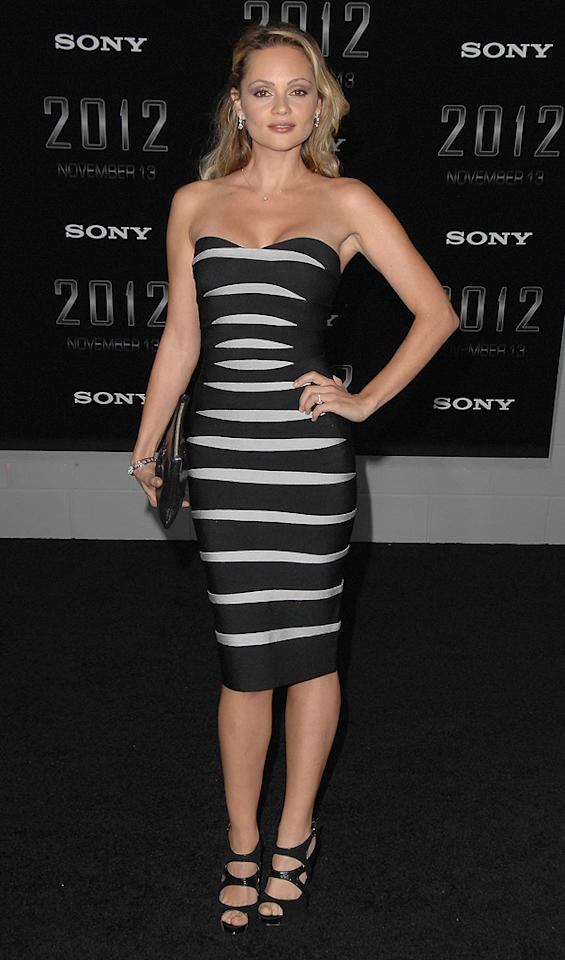 """<a href=""""http://movies.yahoo.com/movie/contributor/1809121288"""">Beatrice Rosen</a> at the Los Angeles premiere of <a href=""""http://movies.yahoo.com/movie/1810045661/info"""">2012</a> - 11/03/2009"""