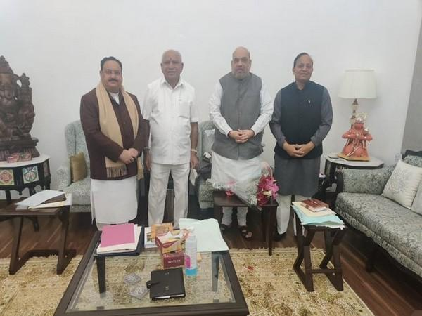 Karnataka Chief Minister BS Yediyurappa met Union Home Minister Amit Shah at the latter's residence in Delhi today. (Photo/ANI)