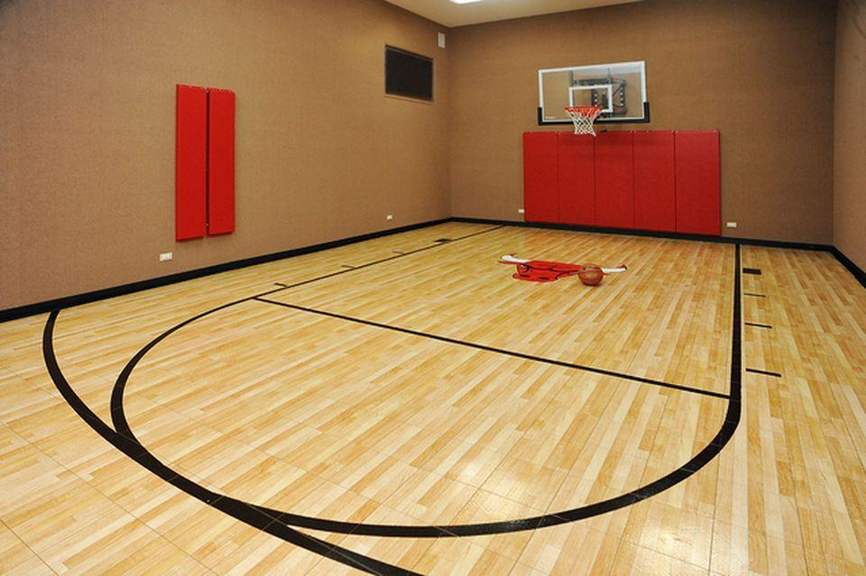 Yes, that's a basketball court in the middle of the home owned by Jay Cutler and Kristin Cavallari. Which is now for sale. (Zillow)