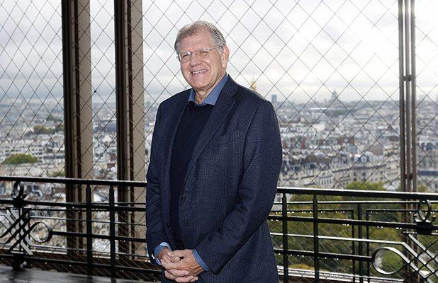 Robert Zemeckis in Talks to Direct Sci-Fi Thriller 'Ares' for Warner Bros.