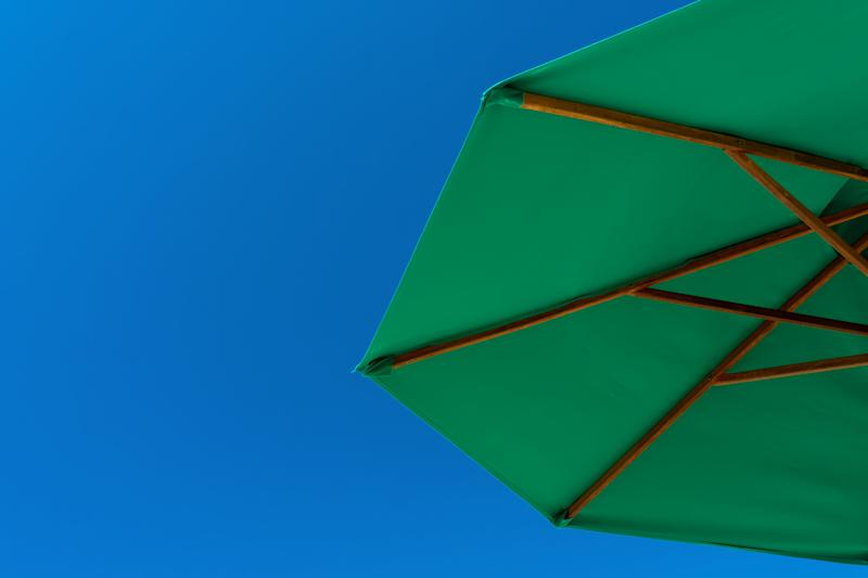 The Sport-Brella beach umbrella has more than 5,000 5-star Amazon reviews (Photo: Getty)
