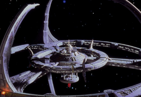 7 Awesome Sci-Fi Space Stations from TV and Film