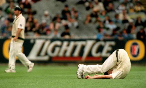 29  Dec 1999: Australian pace bowler Brett Lee limbers up in the out field before bowling on day four of the second test match between Australia and India, played at the Melbourne Cricket Ground, Melbourne, Australia. Australia later declared at five wickets for 208 runs. Mandatory Credit: Jack Atley/ALLSPORT