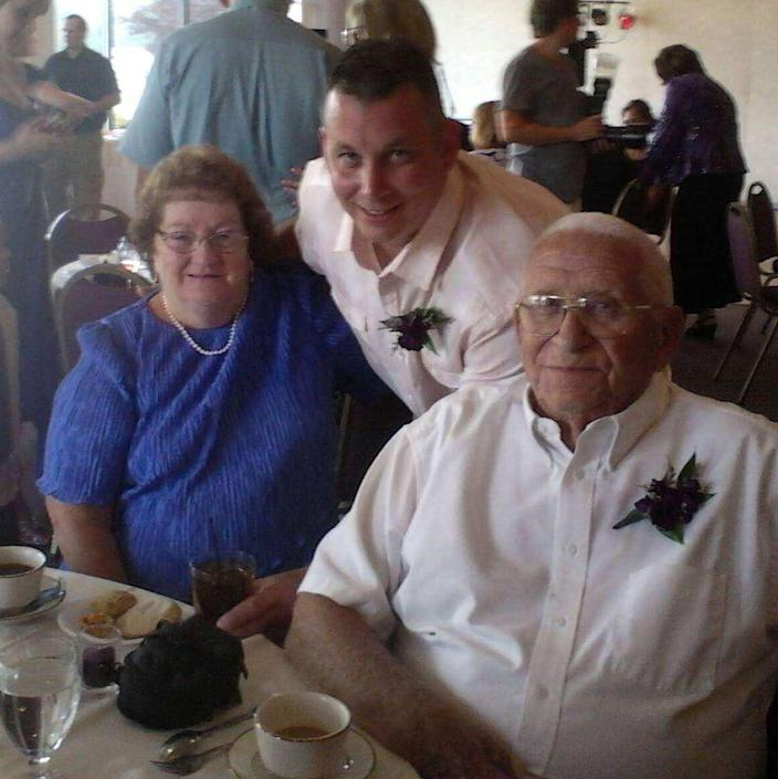 Vicki's parents, Ted Sr. and Edna, and her nephew, Cory. (Photo provided by Cory Gooch.)