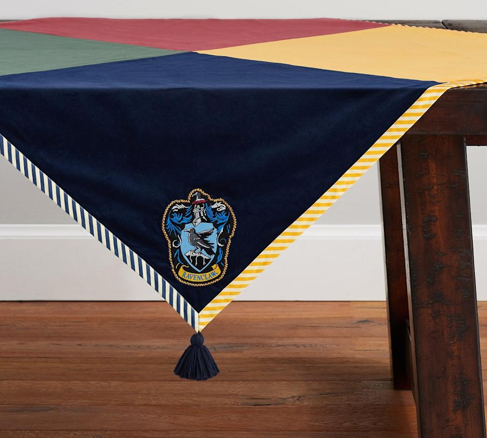 <p>Here's the Ravenclaw corner of the table throw!</p>