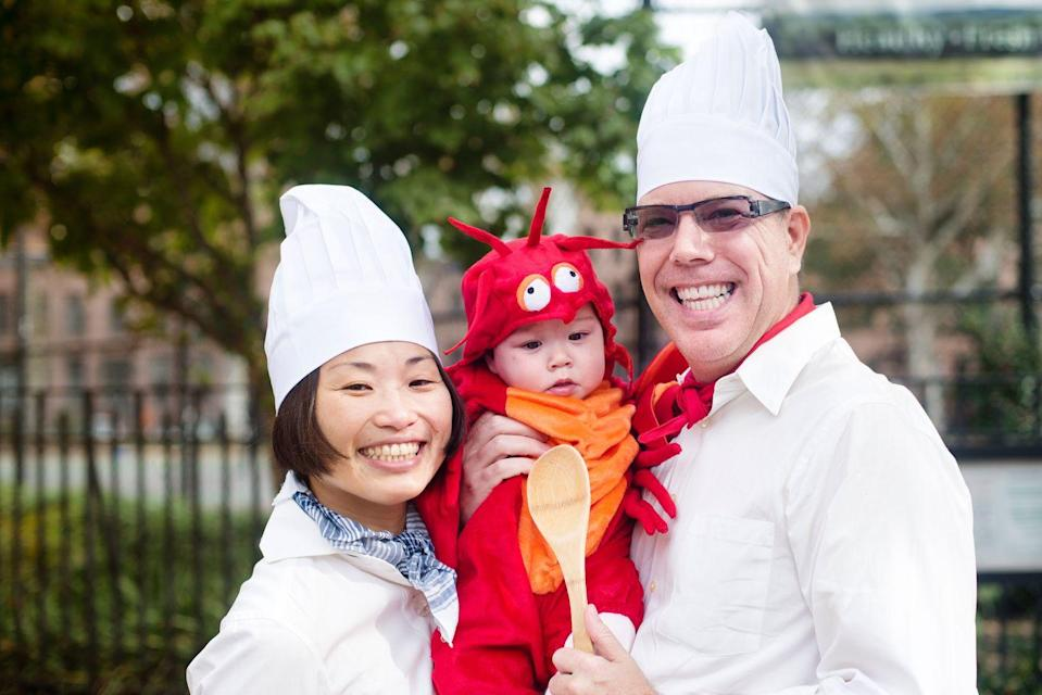 """<p>Order a last-minute lobster <a href=""""https://www.countryliving.com/diy-crafts/g4537/best-baby-halloween-costumes"""" rel=""""nofollow noopener"""" target=""""_blank"""" data-ylk=""""slk:baby costume"""" class=""""link rapid-noclick-resp"""">baby costume</a>, then throw on a chef's hat for a creative and funny combo.</p><p><a class=""""link rapid-noclick-resp"""" href=""""https://www.amazon.com/s/ref=nb_sb_ss_i_2_15?url=search-alias%3Daps&field-keywords=lobster+costume+baby&sprefix=lobster+costume%2Caps%2C154&crid=SI36QHWYNWK6&rh=i%3Aaps%2Ck%3Alobster+costume+baby&tag=syn-yahoo-20&ascsubtag=%5Bartid%7C10050.g.23785711%5Bsrc%7Cyahoo-us"""" rel=""""nofollow noopener"""" target=""""_blank"""" data-ylk=""""slk:SHOP LOBSTER COSTUMES"""">SHOP LOBSTER COSTUMES</a></p>"""