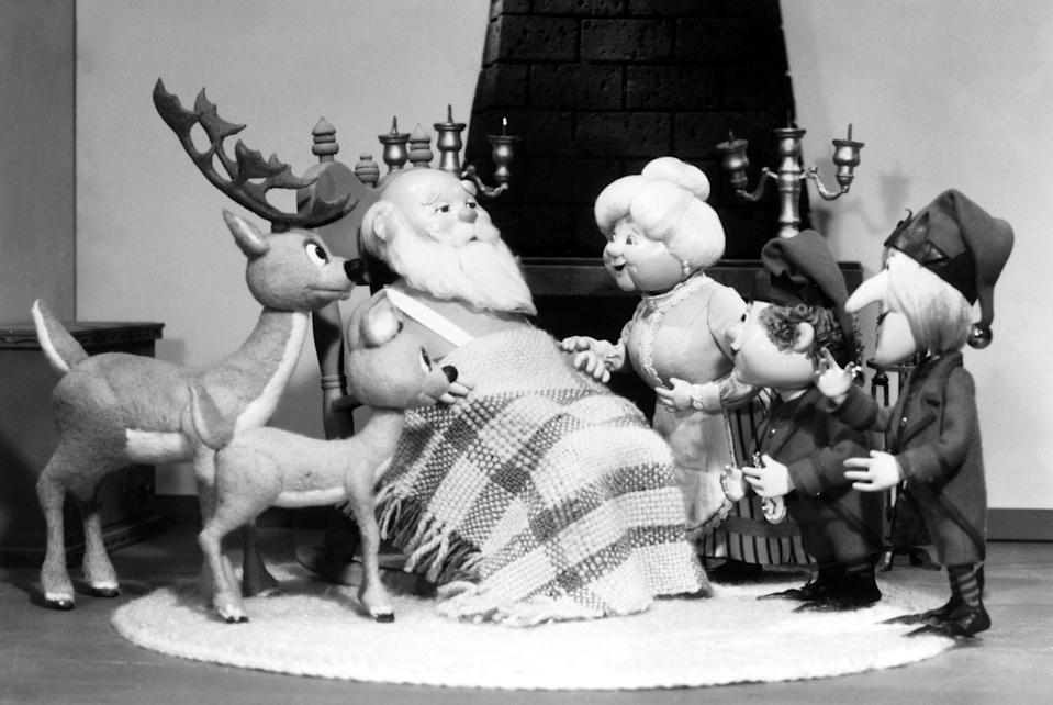 """<h1 class=""""title"""">THE YEAR WITHOUT A SANTA CLAUS, Santa Claus and Mrs. Claus, 1974.</h1><cite class=""""credit"""">Courtesy Everett Collection</cite>"""
