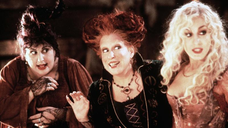 Sarah Jessica Parker Confirms Original Stars Returning For Disney+ Hocus Pocus Sequel