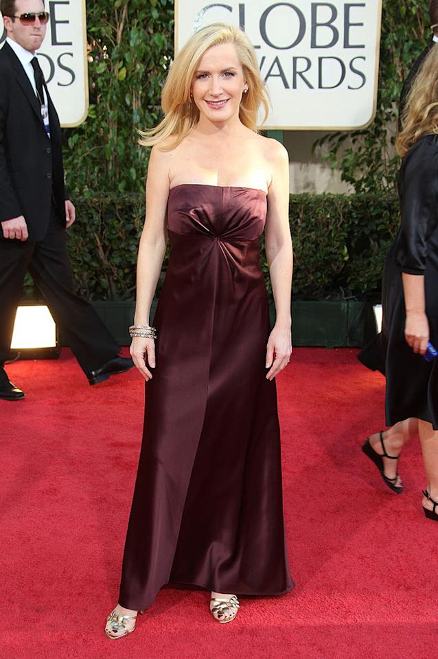 "New mom Angela Kinsey (""The Office"") glammed it up in a satin brown frock. Frazer Harrison/<a href=""http://www.gettyimages.com/"" target=""new"">GettyImages.com</a> - January 11, 2009"