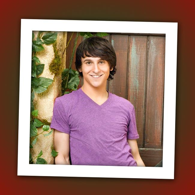 "It's Mitchel Musso, recording artist and co-star of Disney Channel's ""<a href=""http://tv.yahoo.com/hannah-montana/show/37731"" rel=""nofollow"">Hannah Montana</a>"" and Disney XD's ""<a href=""http://tv.yahoo.com/pair-of-kings/show/45726"" rel=""nofollow"">Pair of Kings</a>."""