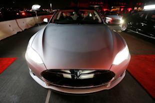 All-wheel-drive versions of the Tesla Model S car are lined up for test drives in Hawthorne, California October 9, 2014. REUTERS/Lucy Nicholson