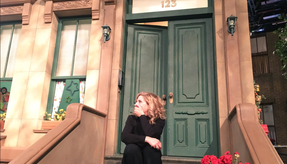 Maddy Cunningham surprised her mother with a visit to Sesame Street. (Photo: @maddycunningham via Twitter)