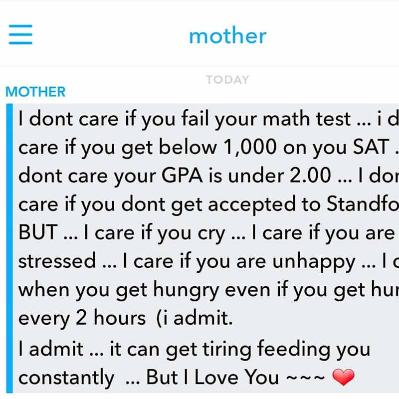 "Mom's Reaction to Her Girl's ""Bad"" Grade Is What Every Kid Needs"