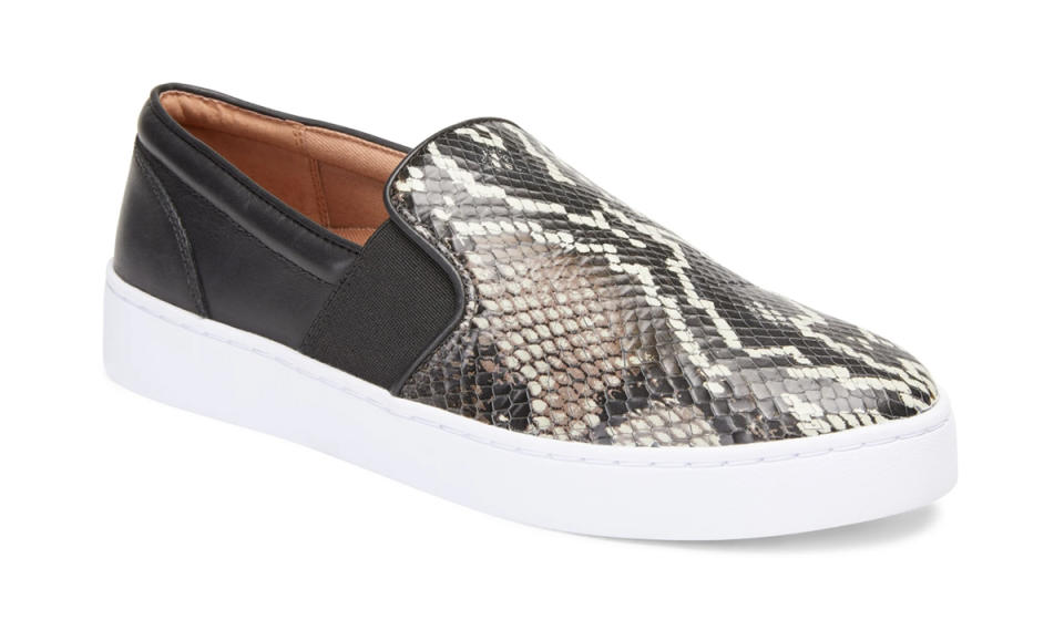 These embossed sneakers are oh-so stylish. (Photo: Vionic)