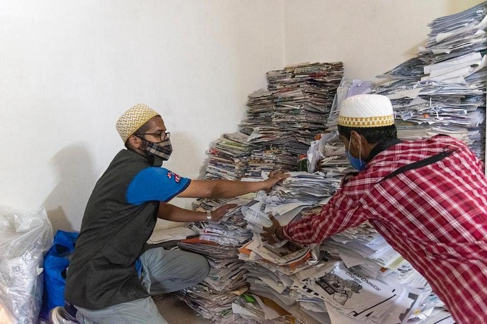"""<div class=""""paragraphs""""><p>Over 6,000 kilos of paper waste from offices, schools and households were collected.</p></div>"""