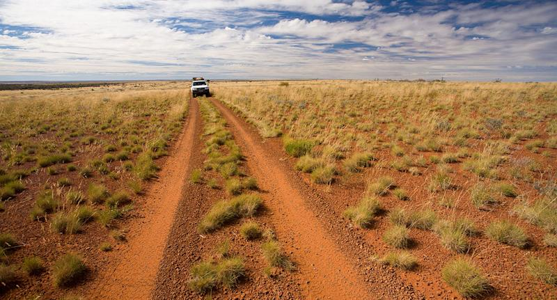 A young couple are missing in outback Western Australia Pilbara after call for help with the Toyota LandCruiser they were driving.
