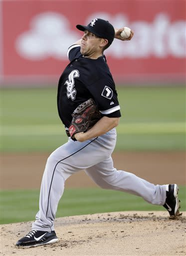 Chicago White Sox starting pitcher Dylan Axelrod throws to the Oakland Athletics during the first inning of a baseball game on Friday, May 31, 2013, in Oakland, Calif. (AP Photo/Marcio Jose Sanchez)