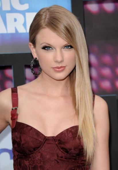 NASHVILLE, TN - JUNE 09: Musician Taylor Swift attends the 2010 CMT Music Awards at the Bridgestone Arena on June 9, 2010 in Nashville, Tennessee.