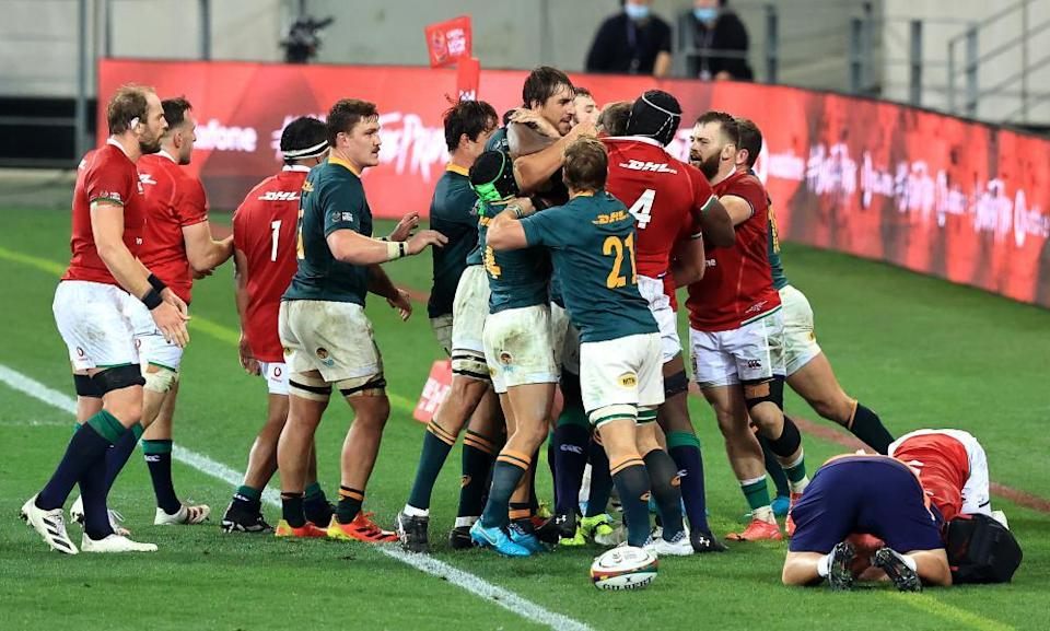 Players from both sides grapple after one of the game's key flashpoints, Cheslin Kolbe's tackle on Conor Murray.
