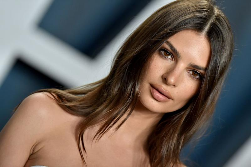Emily Ratajkowski has gone blonde in quarantine. (Getty Images)
