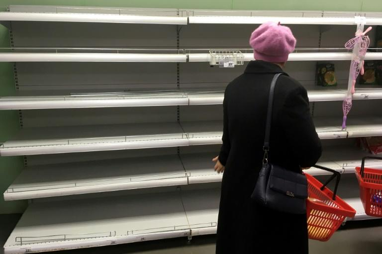 mages of empty supermarket shelves have circulated on social media and many have retreated to their dachas, traditional summer houses in the countryside (AFP Photo/Natalia KOLESNIKOVA)