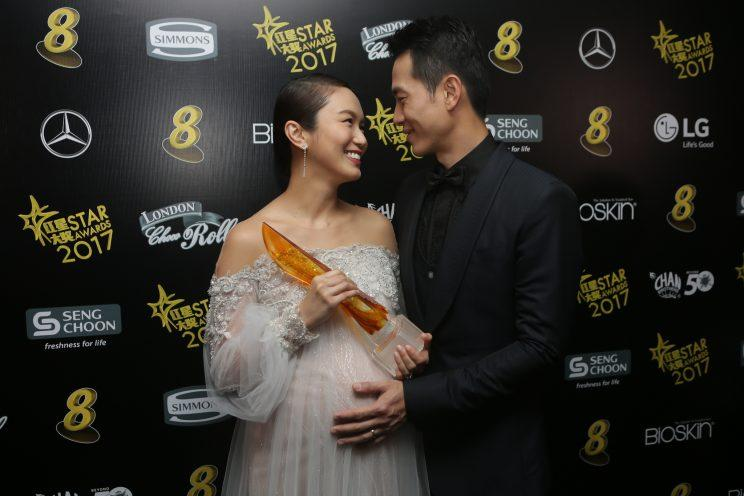 Joanne Peh and Qi Yuwu. (Photo: Yahoo Lifestyle Singapore)