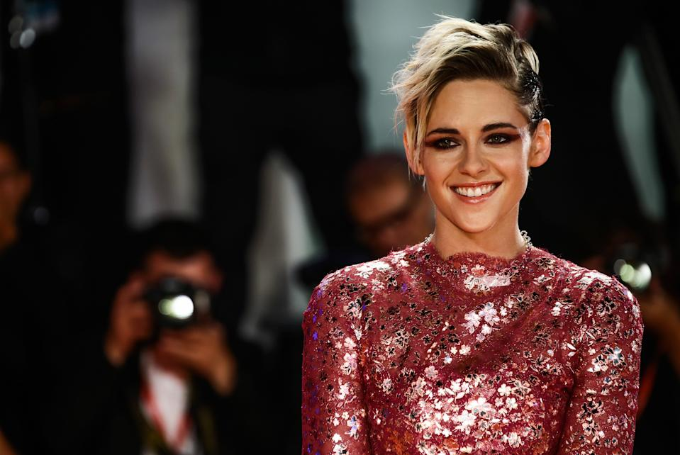 """Kristen Stewart walks the red carpet ahead of the """"Seberg"""" screening during the 76th Venice Film Festival at Sala Grande on August 30, 2019 in Venice, Italy.  (Photo by Matteo Chinellato/NurPhoto via Getty Images)"""