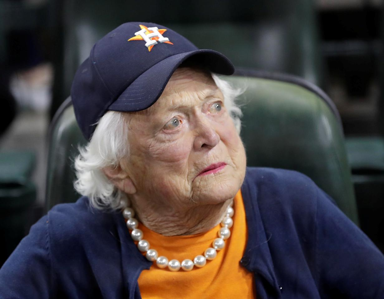FILE PHOTO: Barbara Bush appears before game five of the 2017 World Series between the Los Angeles Dodgers and the Houston Astros at Minute Maid Park, in Houston, Texas, U.S., October 29, 2017.  Mandatory Credit: David J. Phillip/Pool Photo via USA TODAY Sports/File Photo