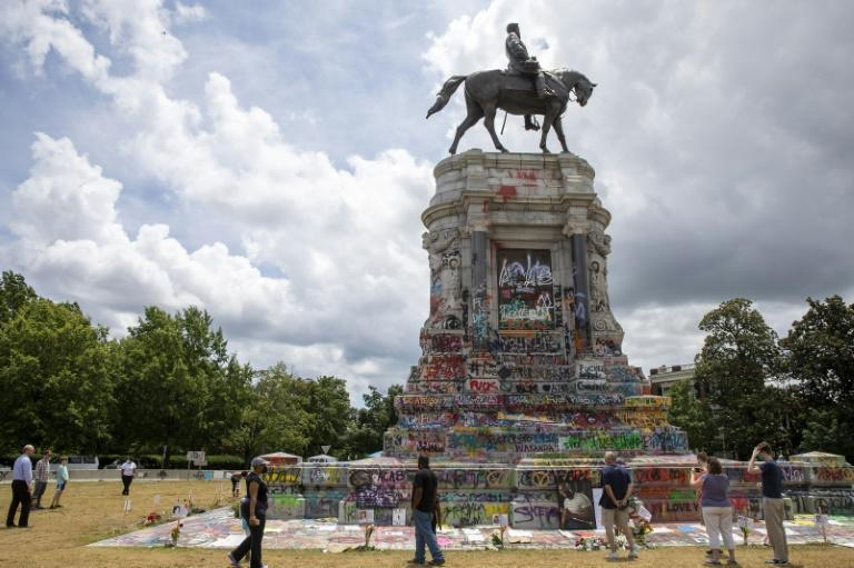 The statue of Robert E. Lee in Richmond, Virginia, on June 18, 2020