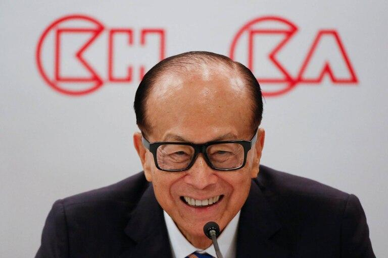 Li Ka-shing is an investment entrepreneur and the richest man in Hong Kong