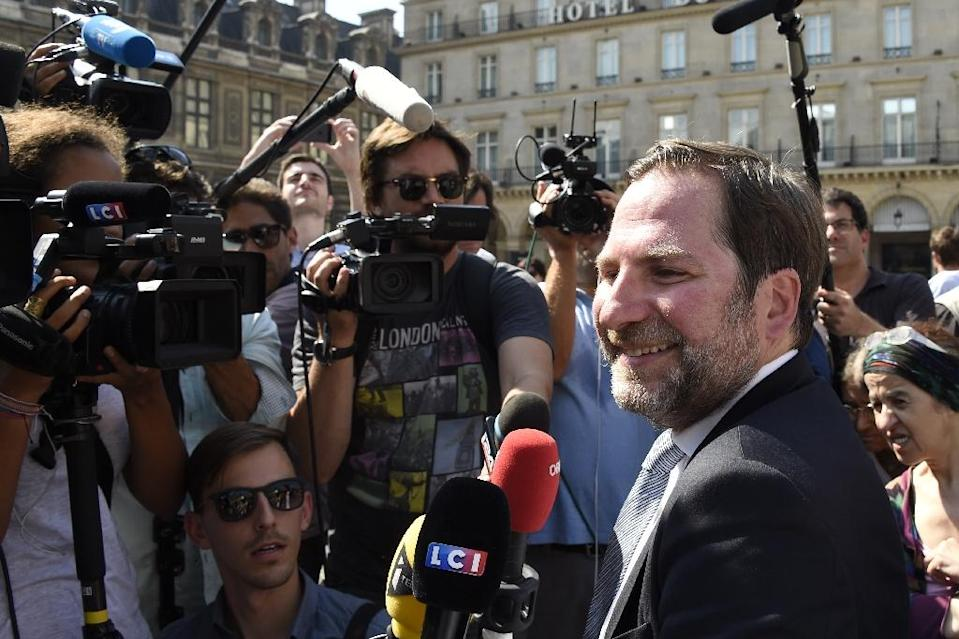 Lawyer for the French Human Rights League (LDH), Patrick Spinosi, speaks to journalists on August 26, 2016 in Paris, after France's highest administrative court suspended a ban on the Islamic burkini swimsuit (AFP Photo/Dominique Faget)