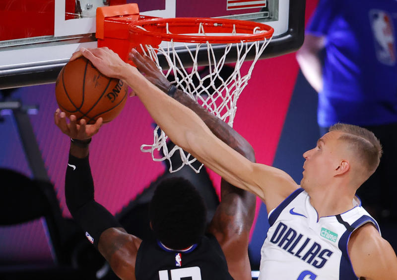Dallas Mavericks center Kristaps Porzingis