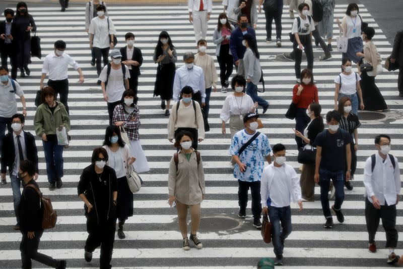 Japan should map out way to contain coronavirus, revive economic activity - advisers