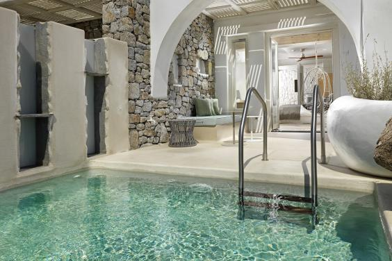 Soothe a sore head in your own private pool at Kenshō Psarou (Kenshō Psarou)