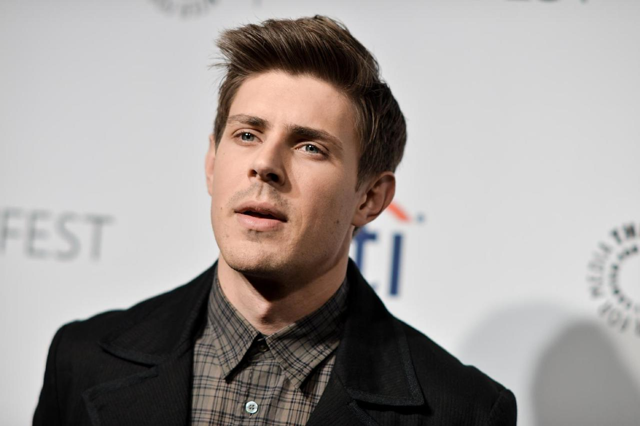 """Chris Lowell arrives at PALEYFEST 2014 - """"Veronica Mars"""" Reunion on Thursday, March 13, 2014, in Los Angeles. (Photo by Richard Shotwell/Invision/AP)"""