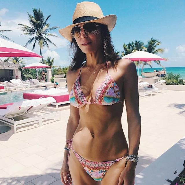 "<p>The reality TV star made sure her motto was clear while on this Bahamas trip: ""Work hard, play harder."" (Photo: <a href=""https://www.instagram.com/p/BWBUEpRggkC/"" rel=""nofollow noopener"" target=""_blank"" data-ylk=""slk:Bethenny Frankel via Instagram"" class=""link rapid-noclick-resp"">Bethenny Frankel via Instagram</a>)<br><br></p>"