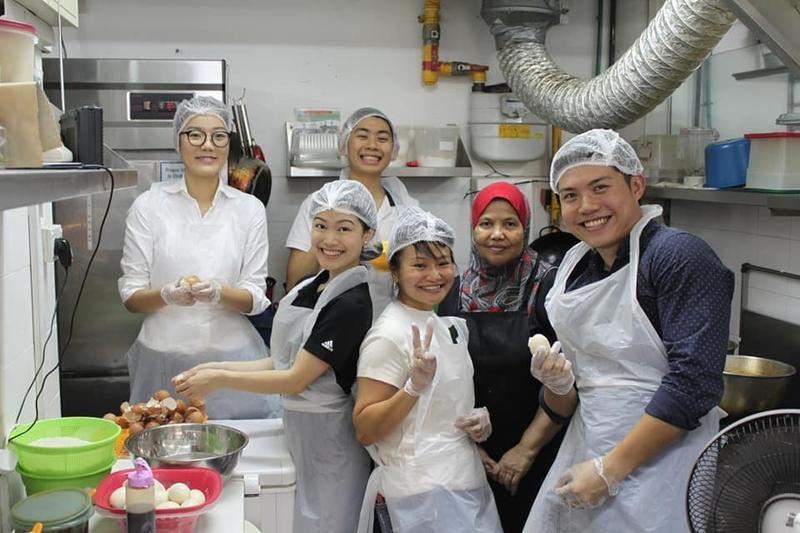Volunteers at Dignity Kitchen
