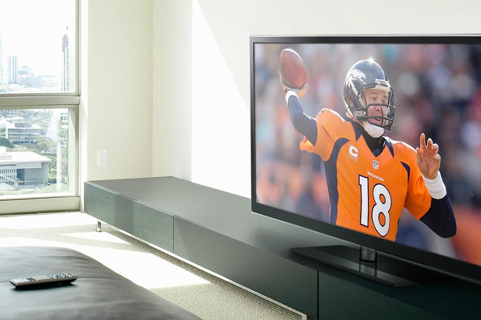 Amazon Best Buy And Walmart Have Great Tv Deals For Super Bowl 50