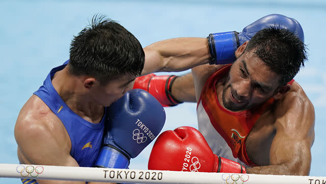 Boxer Ashish Kumar was outplayed by Erbieke Tuoheta of China 0-5 in the men's middleweight preliminary round of 32 clash. AP