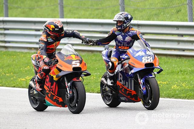 """Johann Zarco, Red Bull KTM Factory Racing, Miguel Oliveira, Red Bull KTM Tech 3 <span class=""""copyright"""">Gold and Goose / LAT Images</span>"""