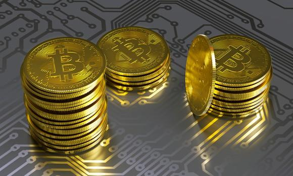 It's time to forget about bitcoin! These virtual currencies have much more to offer over the long run.