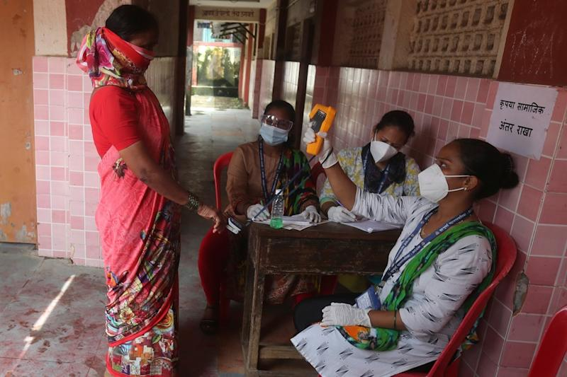 Coronavirus Cases in Maharashtra Cross 9 Lakh-mark with Record 23,350 Fresh Infections