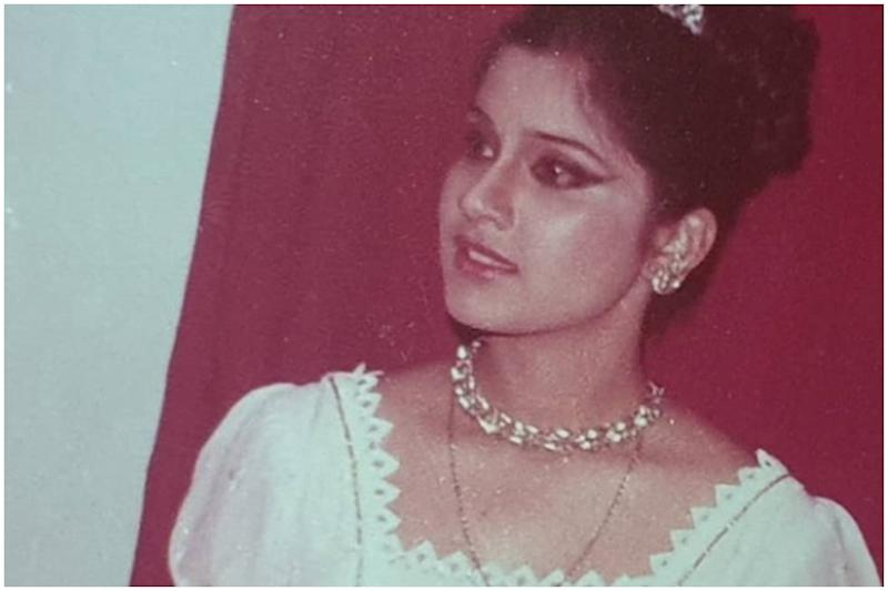 World Theatre Day: Renuka Shahane Looks Mesmerising in Throwback Pics from Stage Plays