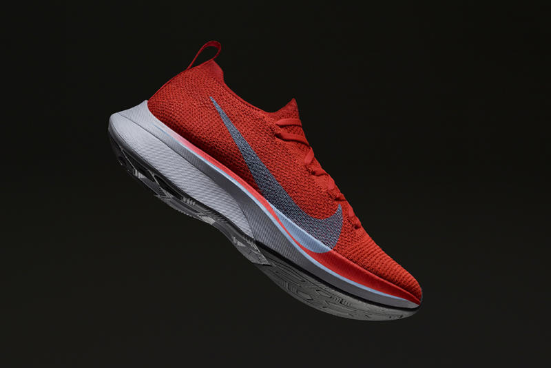 Hornear Palabra curva  Nike Zoom Vaporfly 4% Makes People Run Faster, a New Study Shows