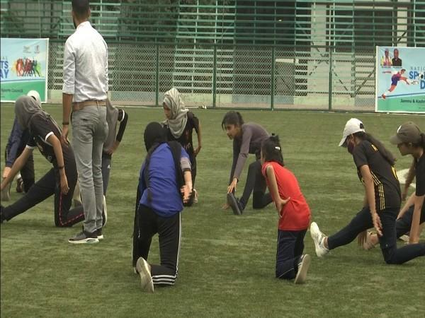 A fitness counselling session was held in Srinagar on occasion of World Physiotherapy Day. (Photos/ANI)
