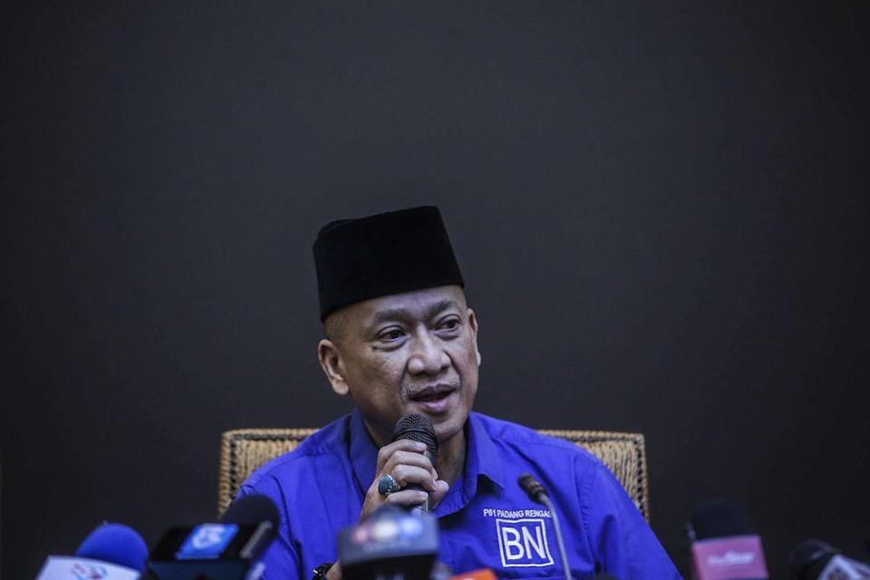 The Padang Rengas MP said the manner by which the government is conducting itself by appealing the High Court's decision makes a mockery of the 'Keluarga Malaysia' concept touted by Prime Minister Datuk Seri Ismail Sabri Yaakob. — Picture by Hari Anggara